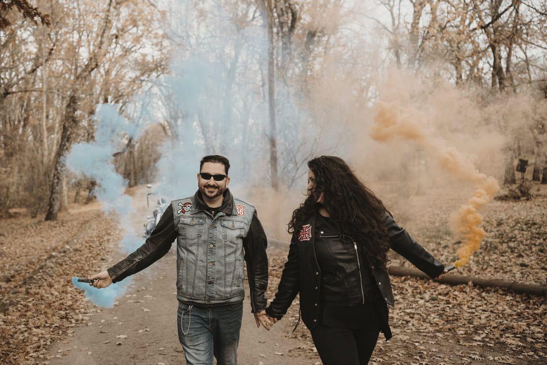 post boda madrid novios en campo con holi